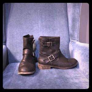 Shoes - Black moto boots